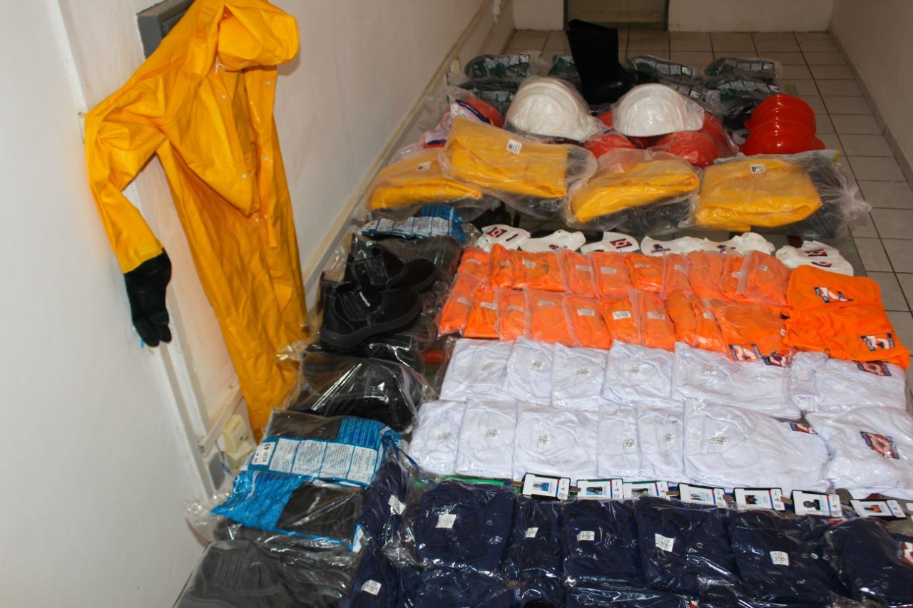Equipe da Defesa Civil de Cabedelo recebe novos fardamentos e Equipamentos de Proteção Individual