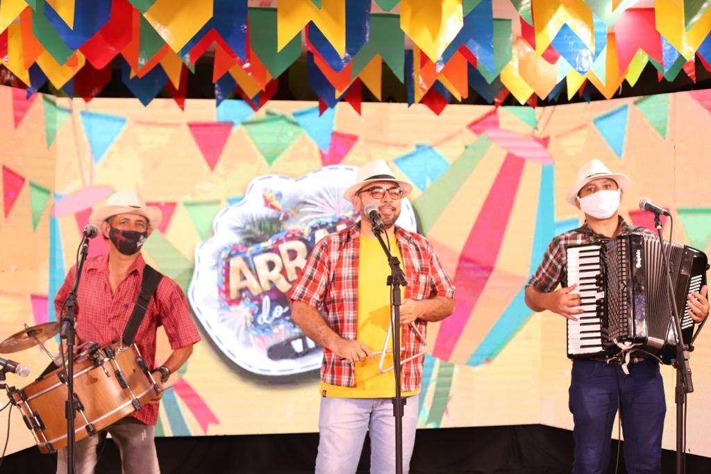 ARRAIÁ DO LITORAL VIRTUÁ  Véspera de São João em Cabedelo é marcada com live de shows de artistas da terra